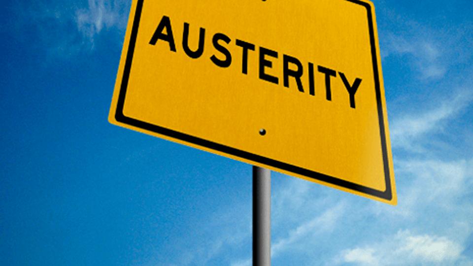 Dall'austerità di Berlinguer, al cancello di Arundhati Roy