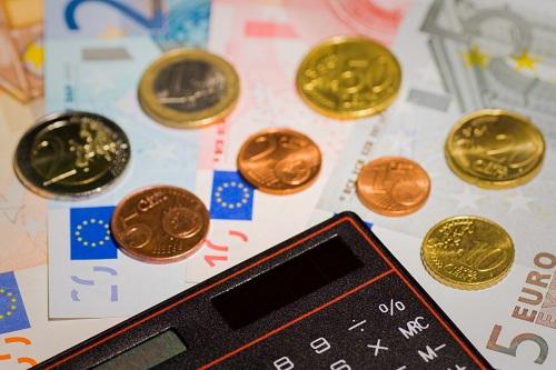 Deficit pubblico e crescita: numeri a caso?