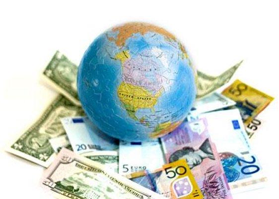 Il dibattito economico su globalizzazione e distribuzione