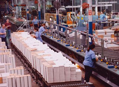Specializzazione produttiva, competitività, salari. L'Italia e gli altri